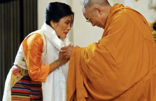 Zostań w domu z… Dechen Shak-Dagsay. Kojąca moc tybetańskich mantr