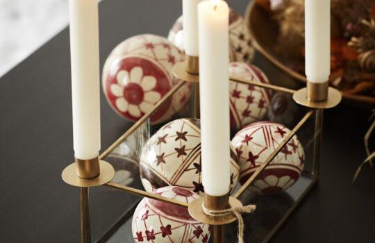 Jak udekorować mieszkanie na Święta Bożego Narodzenia w stylu skandynawskim?